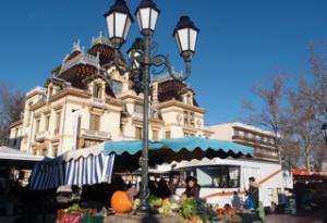 Place Ambroise Courtois, le Marché